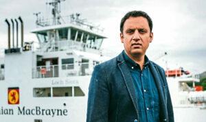 Anas Sarwar demands CalMac management overhaul to ease Scotland's ferry crisis