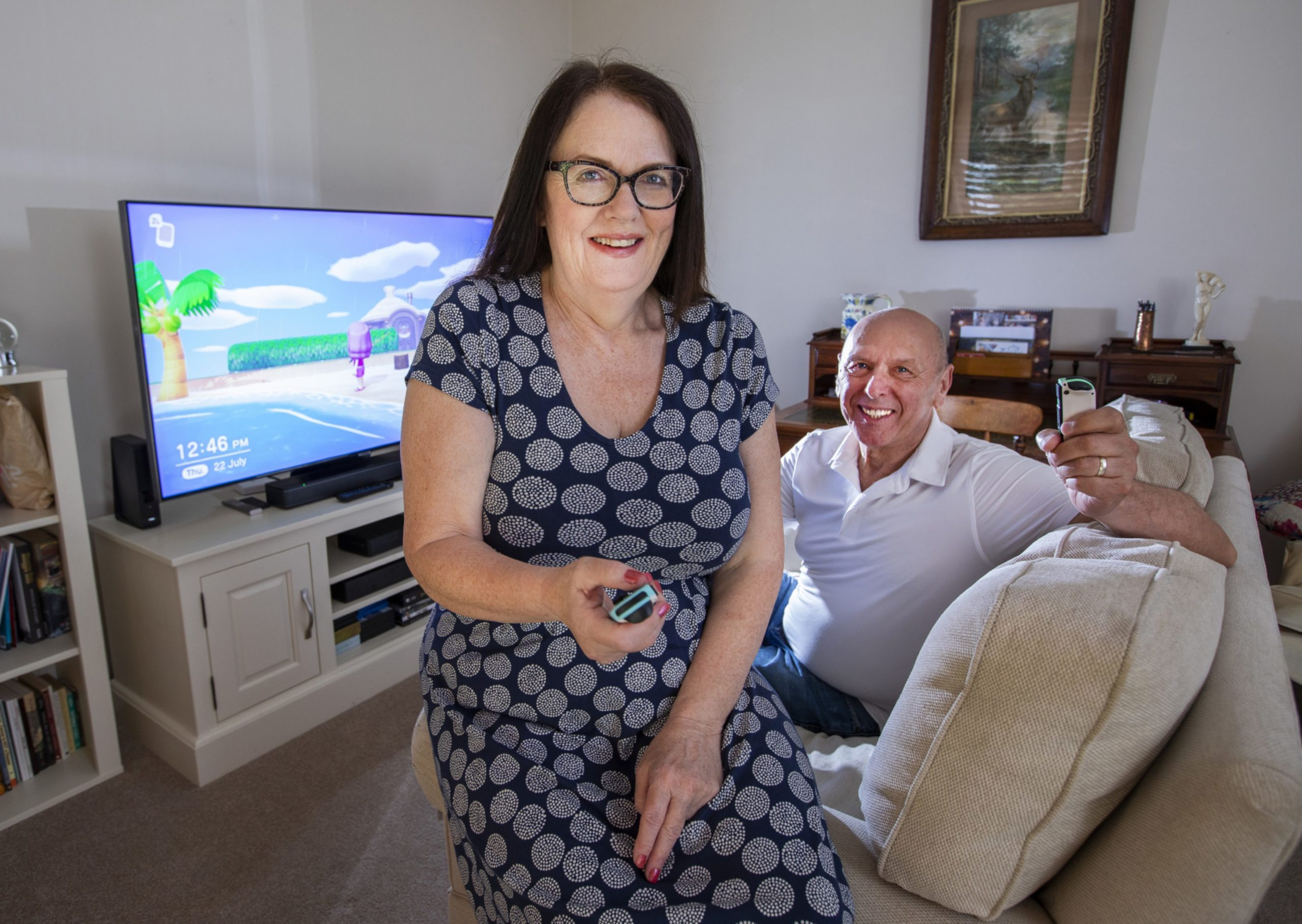 Jenny and Terry play Animal Crossing on their Nintendo Switch