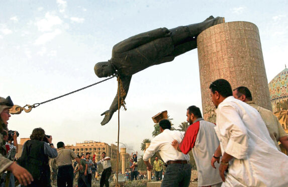The toppling of the Saddam Hussein statue