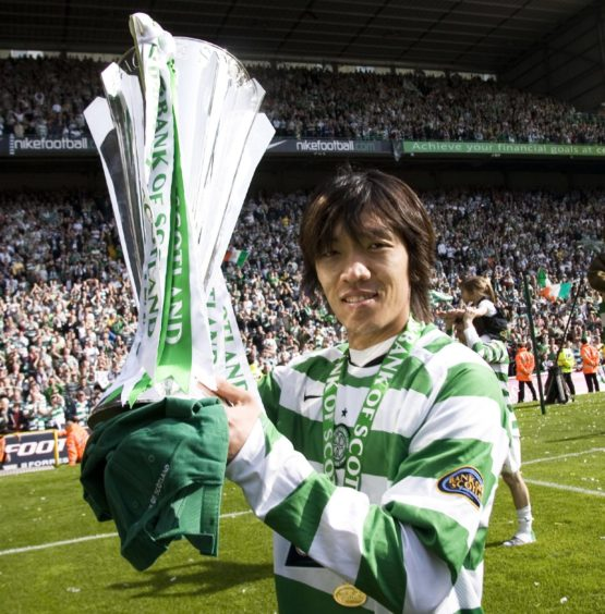 Title-winning playmaker Shunsuke Nakamura