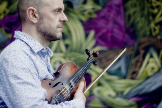Fiddler Duncan Chisholm