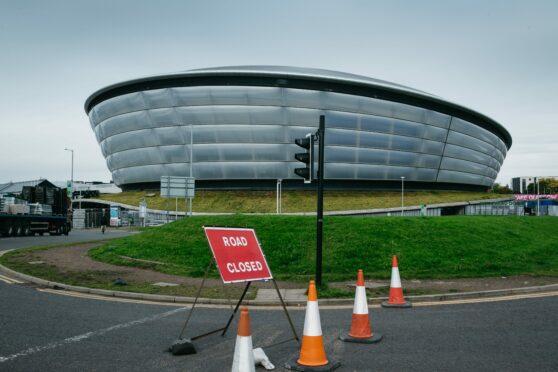 Cop26: Road closures begin and rail strikes confirmed ahead of Glasgow environmental summit