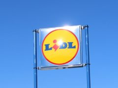 Lidl is paying a 'thank you' bonus to its staff (Isabel Infantes/PA)