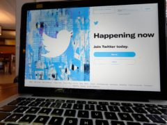 Twitter has said it will pay 809.5 million US dollars to settle a consolidated class action lawsuit (AP)