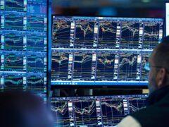 Stocks wobbled on the New York Stock Exchange (AP Photo/Richard Drew)
