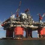 BP's Thunder Horse rig evacuated, report says