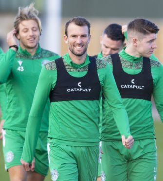(from L-R) Sean Mackie, Christian Doidge and Kevin Nisbet in Hibs training.