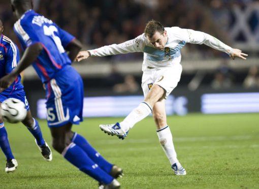 James McFadden scores famous goal against France.