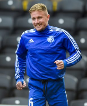 Si Ferry is a player-coach at Peterhead.