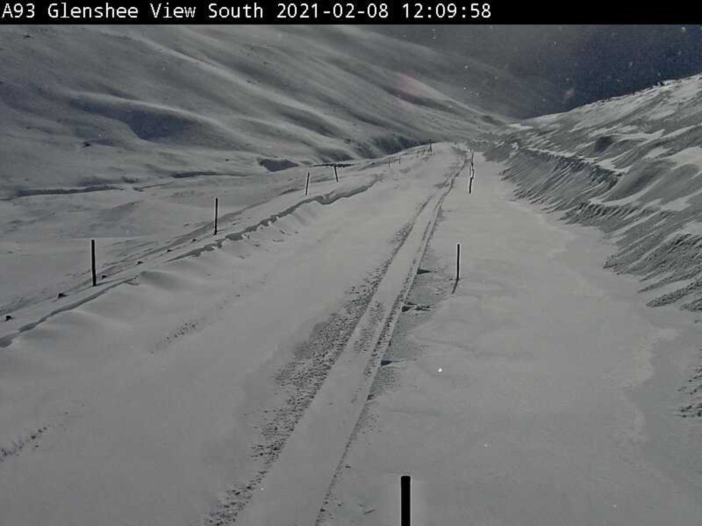 The snow on the A93 looking south at Glenshee.