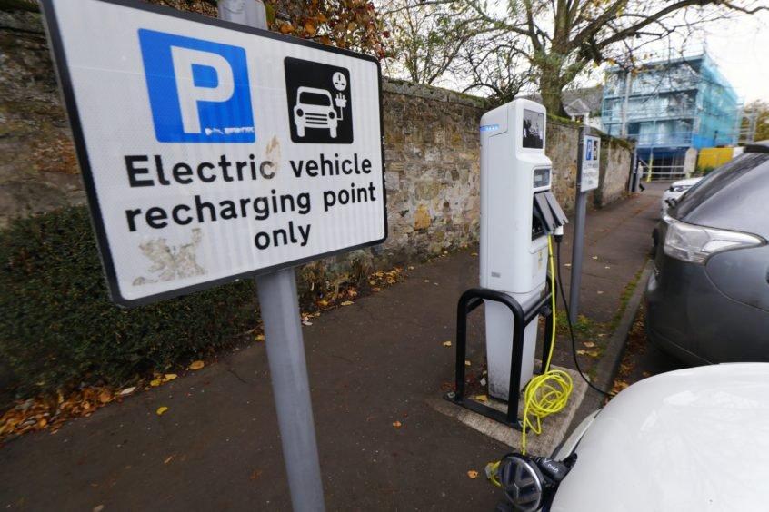 electric car dundee jobs