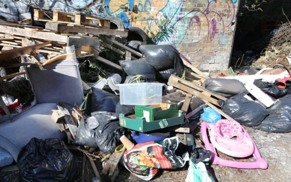 fly-tipping Dundee