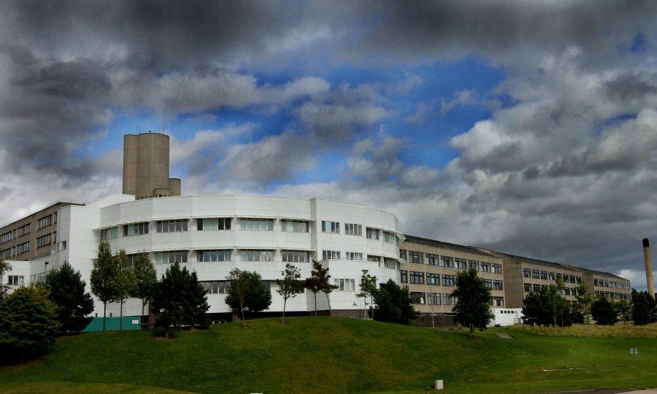 ninewells hospital covid