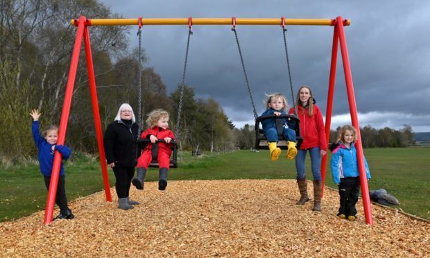 A group of parents in Luthermuir have come together with a common goal to improve the village play park for their children, raising thousands of pounds to bring their project to fruition