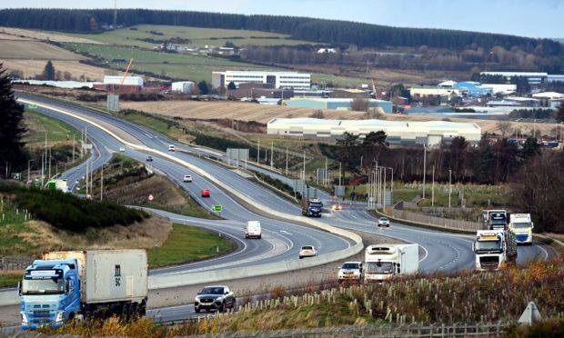 Traffic on the A90 AWPR near Dyce