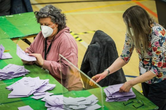 Counters at Dundee City West election