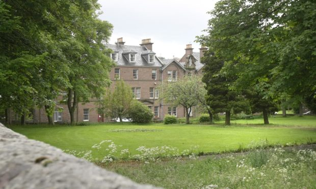 Plans to demolish Wellburn house care home and turn it into housing have been submitted to Dundee City Council.