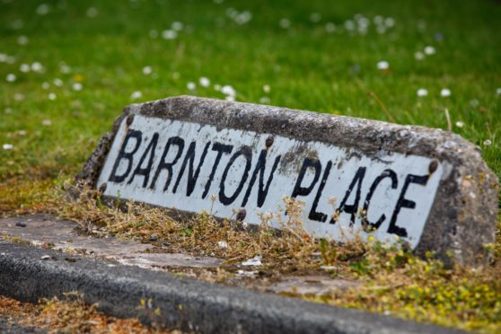Barnton place in Glenrothes street sign