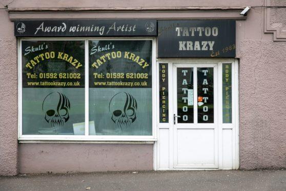 Sbro Skull Tattoo Leslie 2 39504868