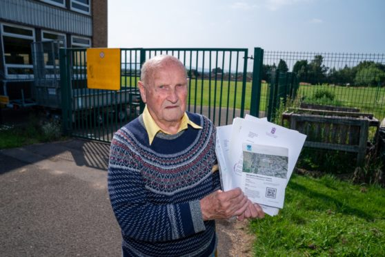 Mr Reeves, 90, with his letters of communication from the council and John Swinney about parking issues outside his home dated back to 2012.