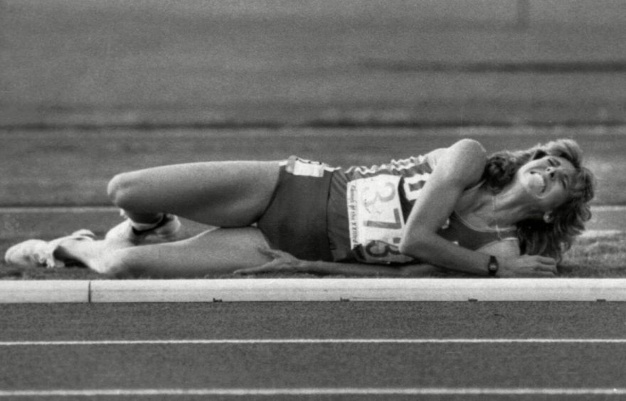 Mary Decker-Slaney crashed out of the 3,000m final at the 1984 Olympics.