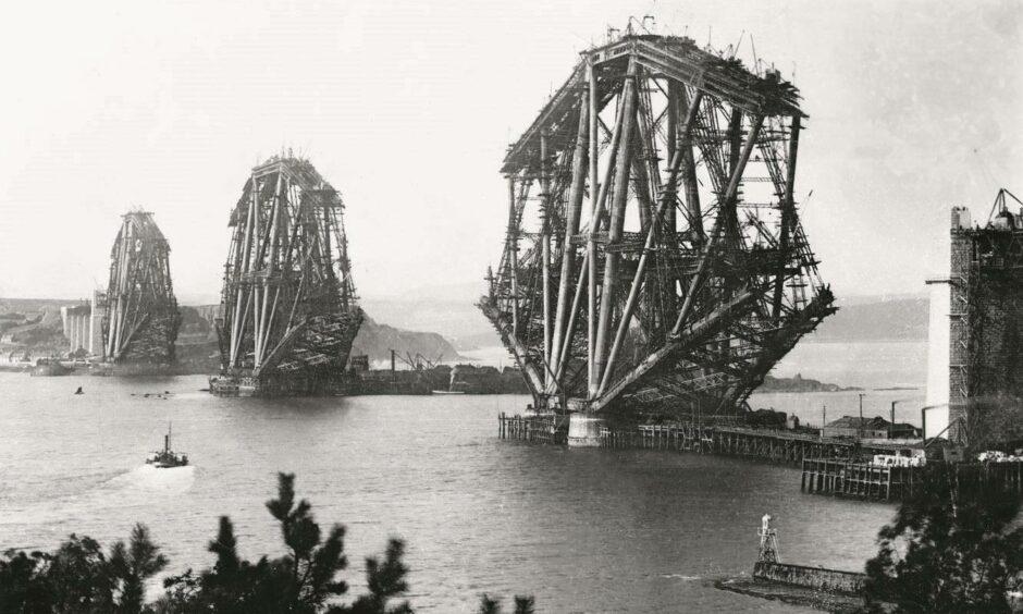 George Washington Wilson captured the Forth Bridge under construction in 1887.