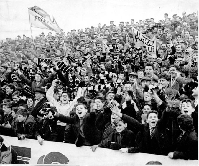 Dundee United fans at Tannadice in January 1961.