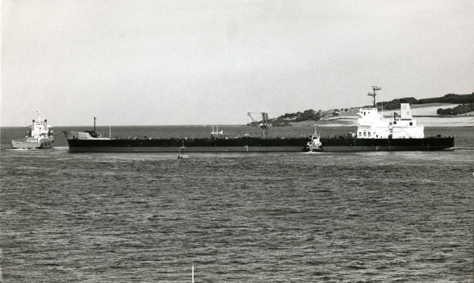 The Chelsea oil tanker which ran aground in the Tay.