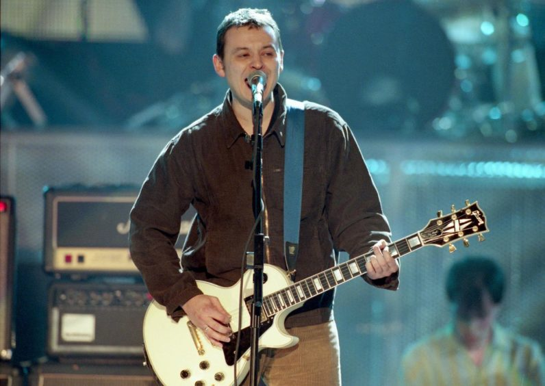 James Dean Bradfield was on top form at the Caird Hall back in 1998.