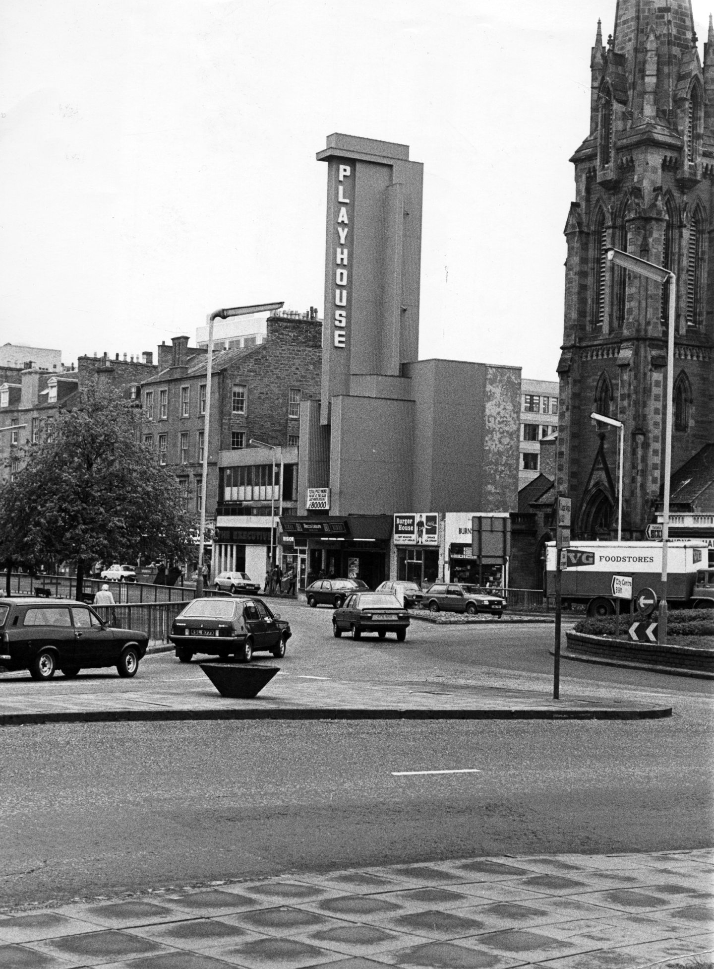 The former Green's Playhouse, Dundee, in 1983.