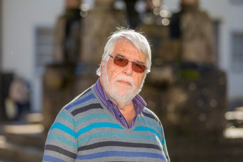 Peter Hounam.