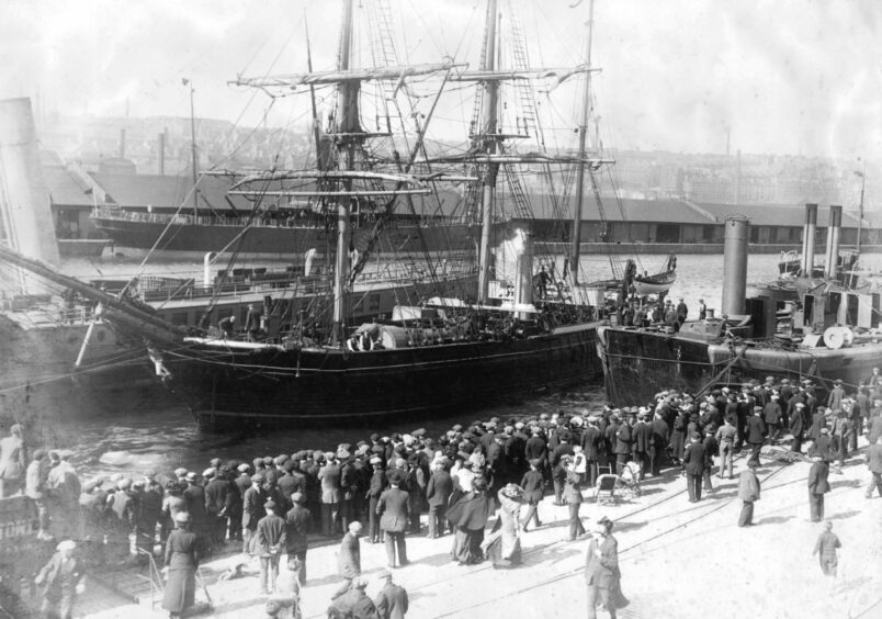 A Dundee whaling ship leaves from the docks for the Arctic.