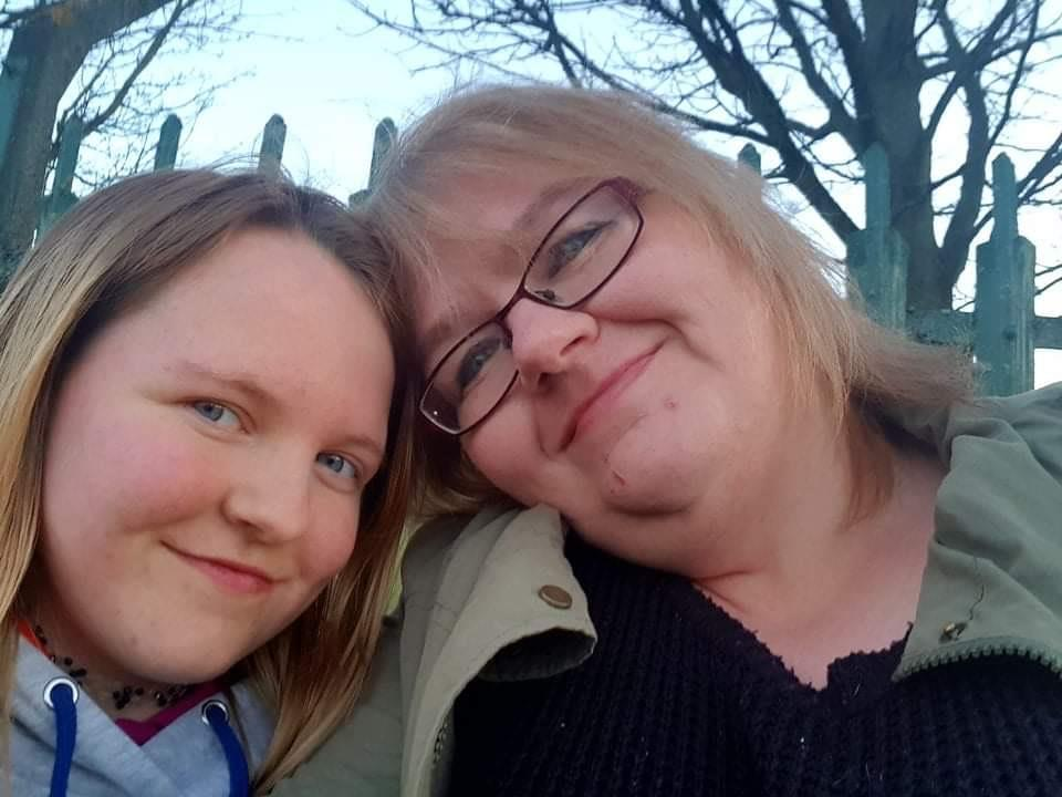 Chloe and her late mum, Lorna.