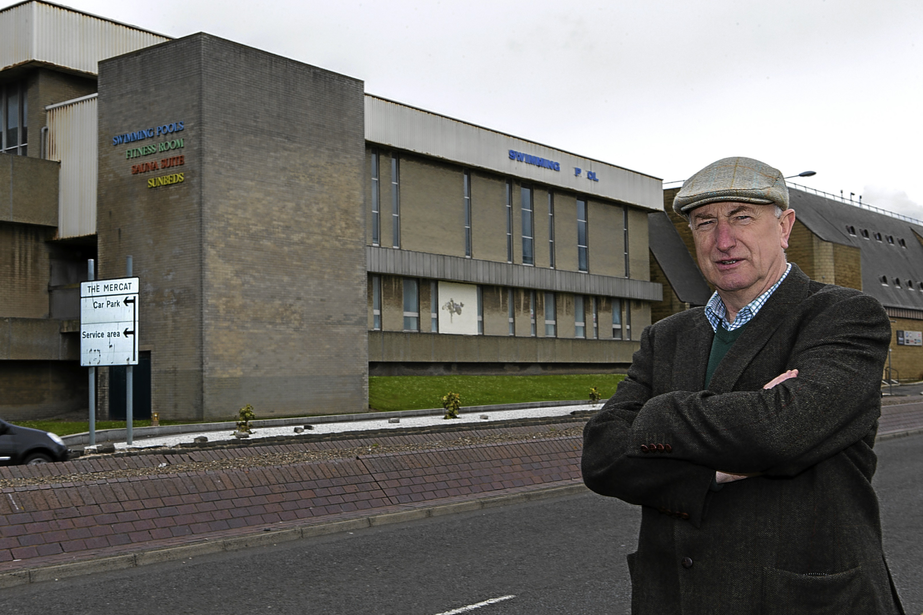Neil Crooks outside the old Kirkcaldy Swimming Pool.