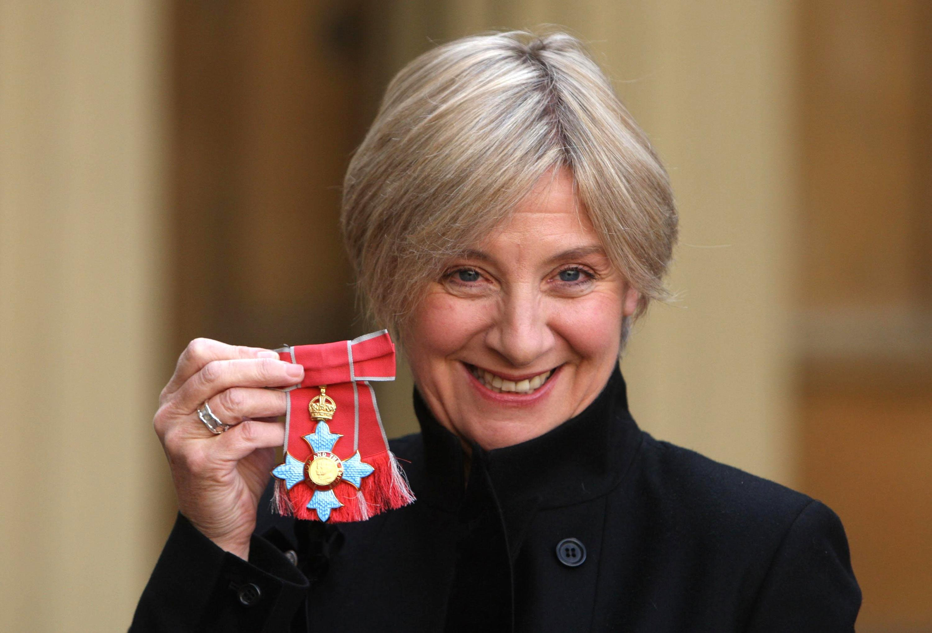 Victoria Wood has died aged 62 after a short battle with cancer, her publicist has said.
