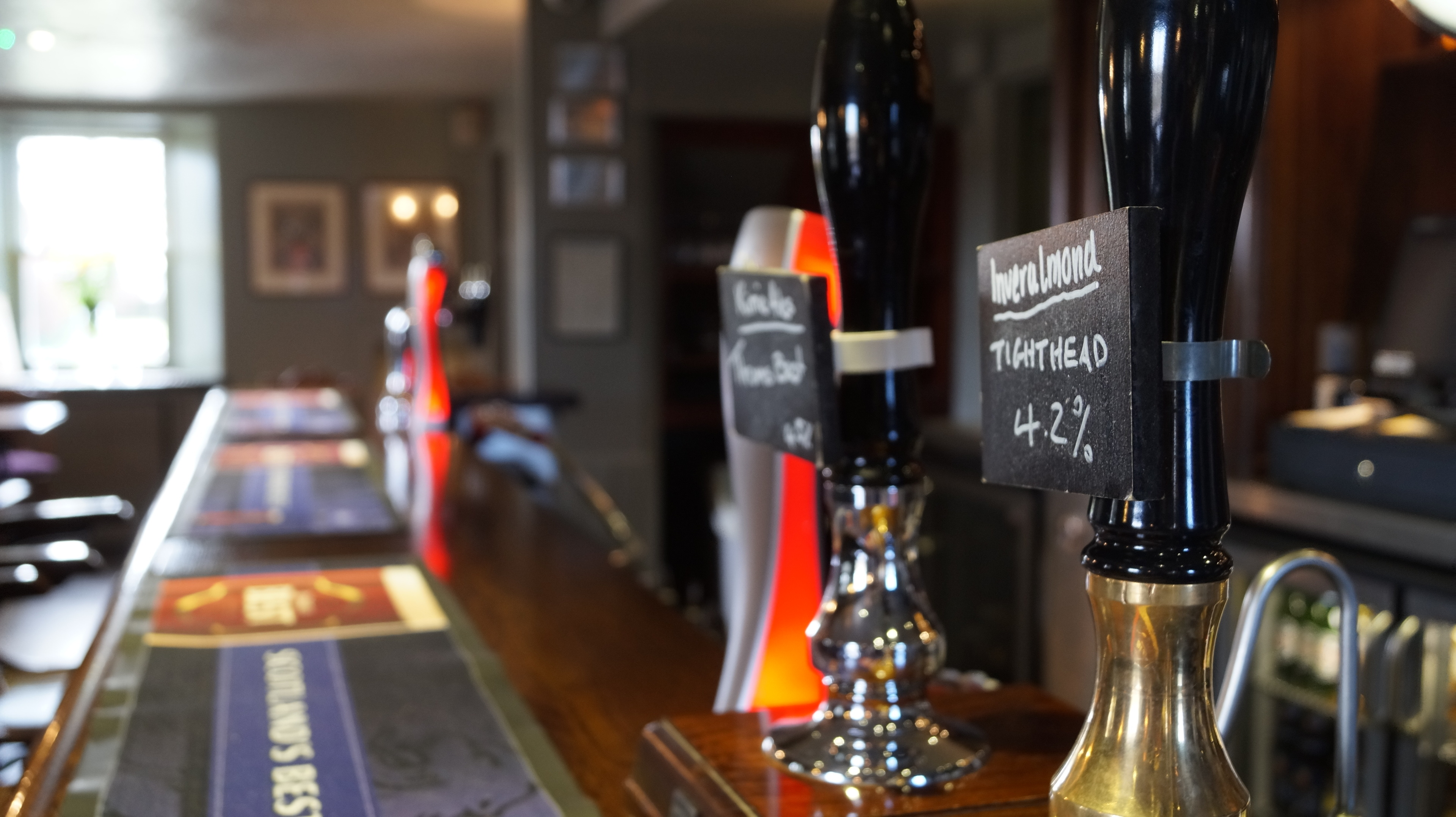 Enjoy a drink in the Drovers Inn bar.