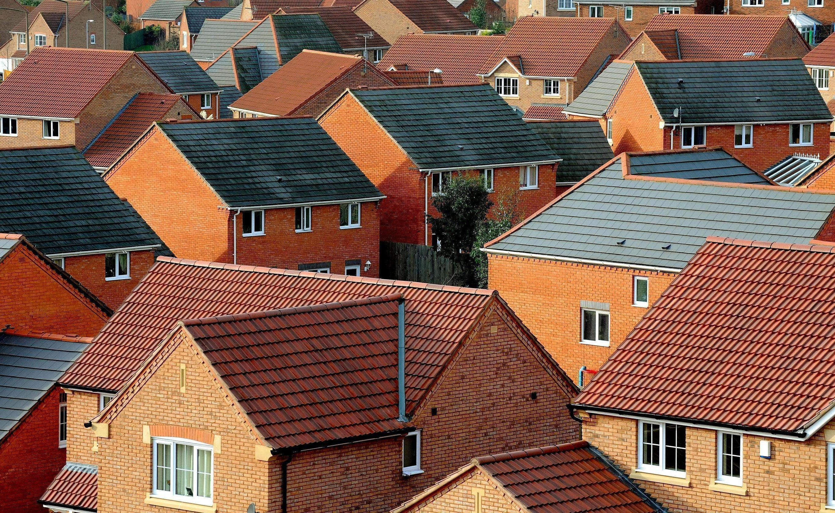 The party pledged that 6,000 new socially-rented houses would be built a year.