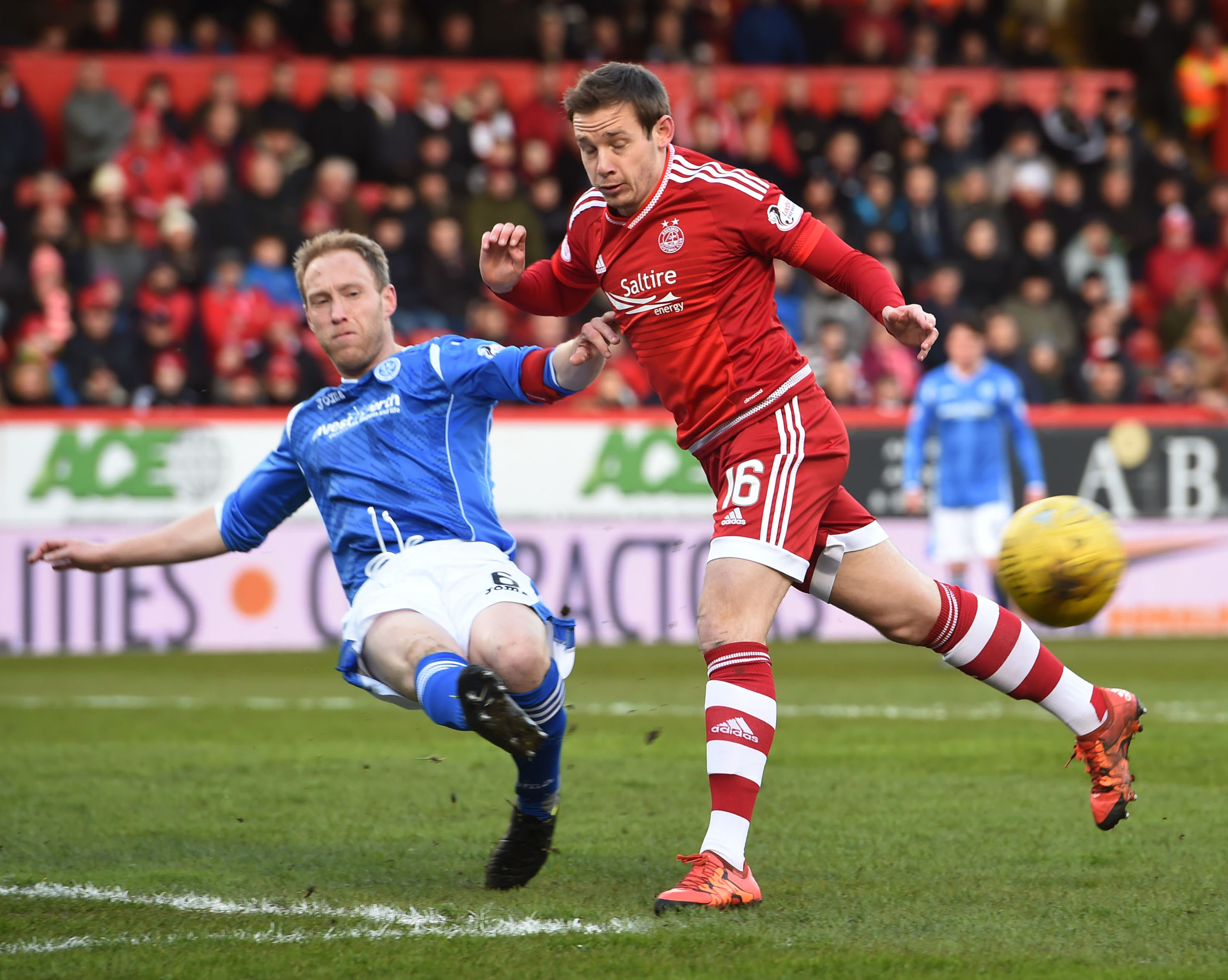 Steven Anderson in action against Aberdeen.