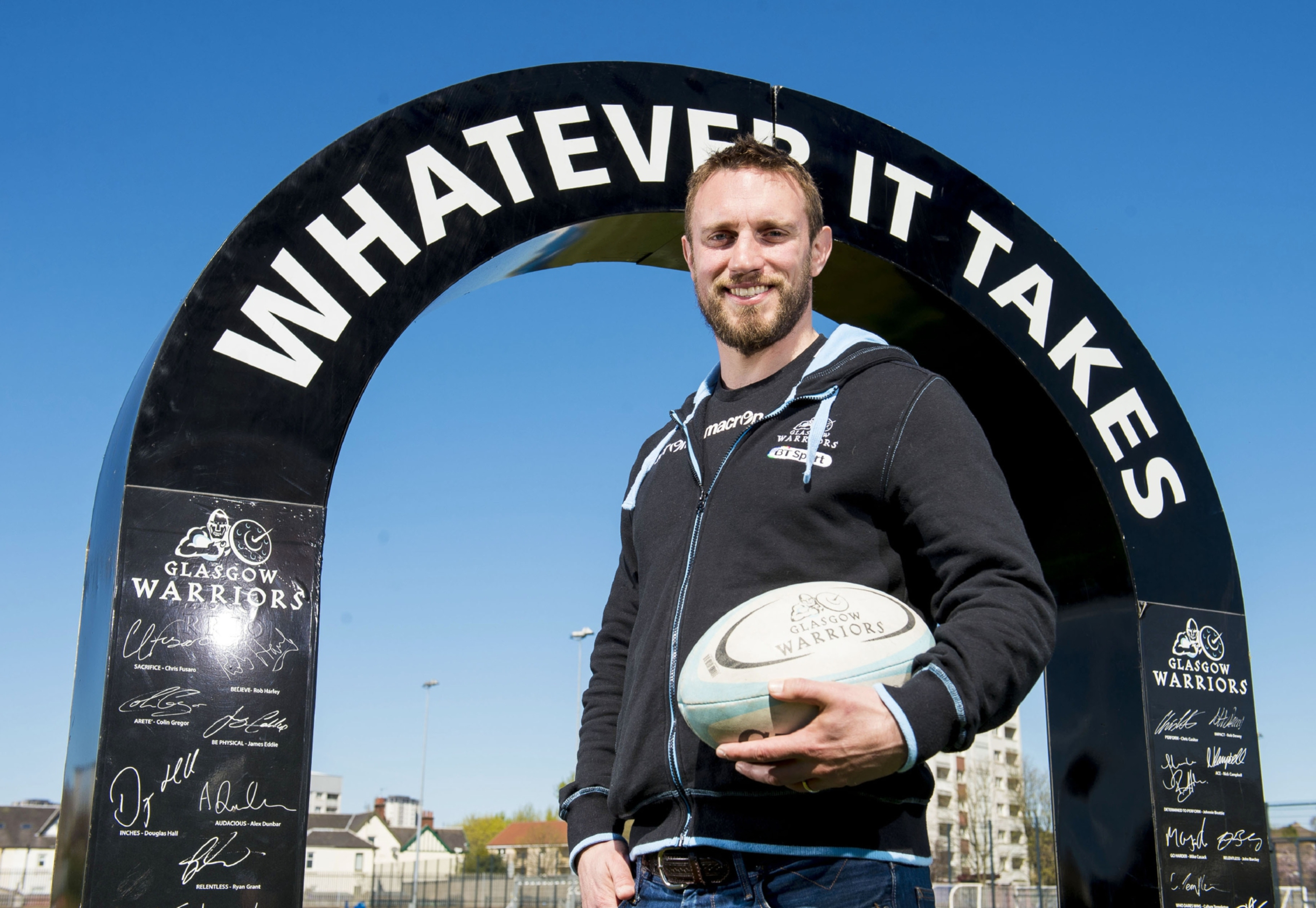 Mike Blair will join the Glasgow Warriors coaching staff after his retirement from playing.
