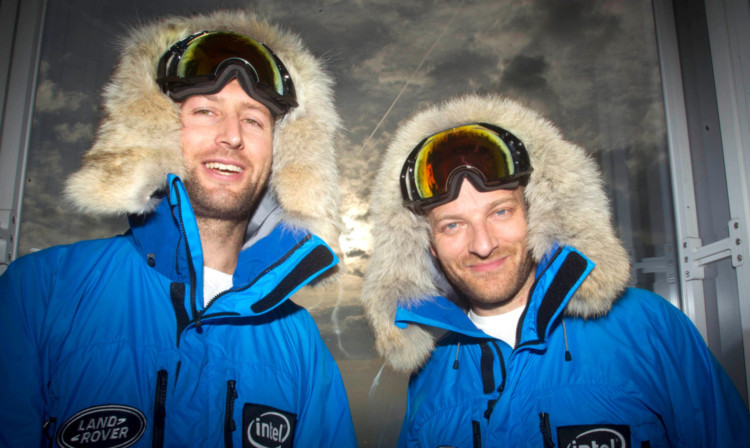 Tarka L'Herpiniere and Ben Saunders launch their expedition.