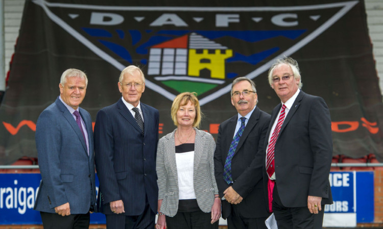 (From left) Dunfermline manager Jim Jefferies, Ian Hunter, Margaret Ross, Pars United Chairman Bob Garmory and Jim Leishman are all smiles after acquiring control of the East End Park club.
