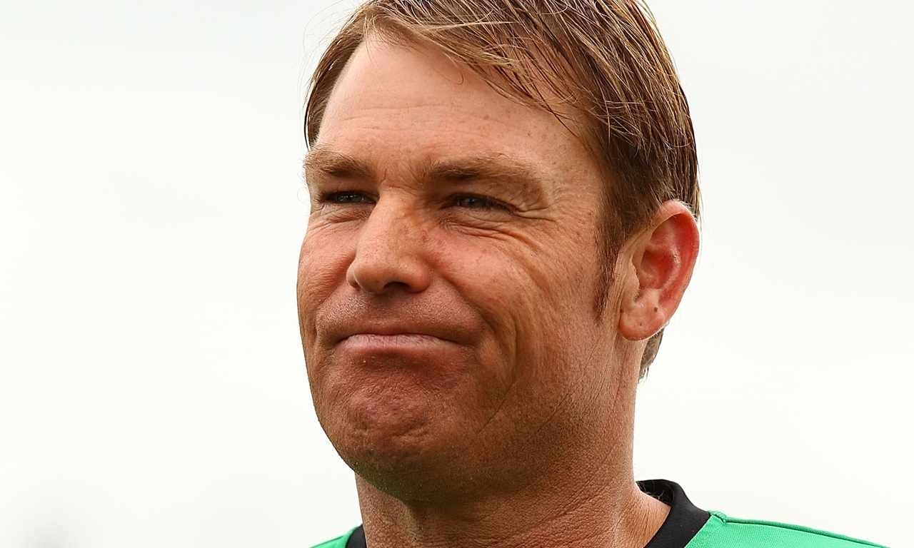 PERTH, AUSTRALIA - DECEMBER 12:  Shane Warne of the Stars looks on while talking to the match referee prior to the coin toss during the Big Bash League match between the Perth Scorchers and the Melbourne Stars at WACA on December 12, 2012 in Perth, Australia.  (Photo by Paul Kane/Getty Images)