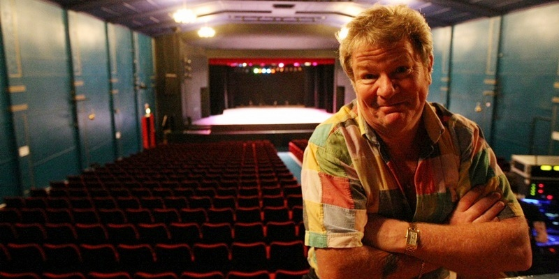 DOUGIE NICOLSON, COURIER, 06/09/11, NEWS. Pictured at the Whitehall Theatre tonight, Tuesday 6th September 2011, before his performance is comedian Jim Davidson. Story by Craig, Reporters.