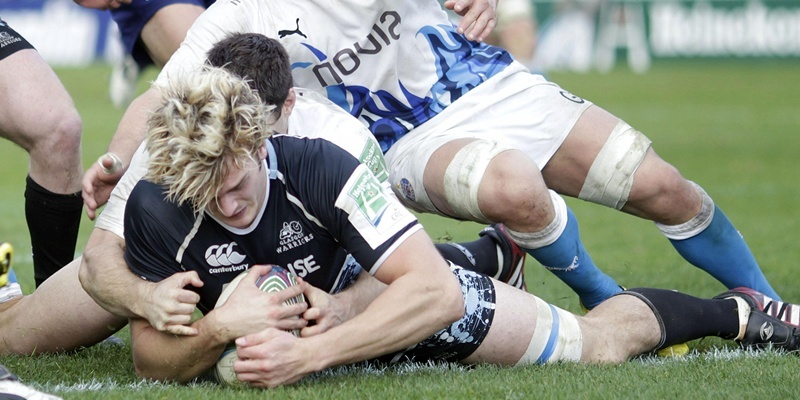 Glasgow Warriors' Richie Gray scores their second try during the Heineken Cup match at Firhill Stadium, Glasgow.