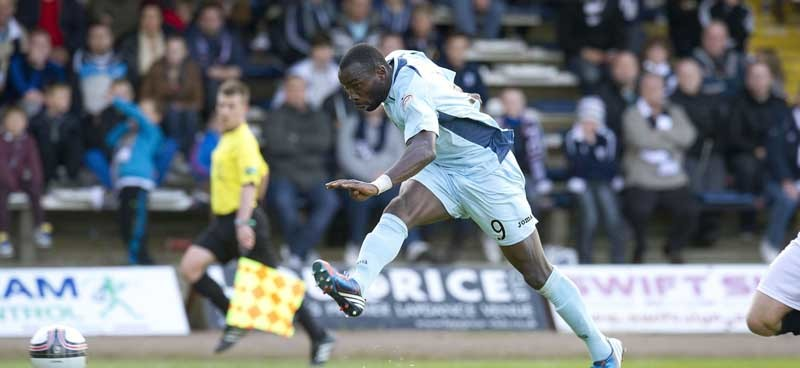 Dundee v St Johnstone....29.09.12      SPL