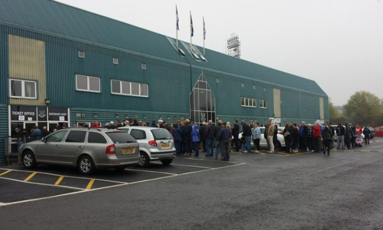 Fans queuing at McDiarmid today.