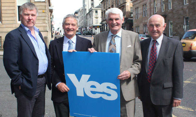 NFUS ex-presidents, from left, Jim Walker, John Kinnaird, John  Cameron and John Ross officially came out in favour of a Yes vote in the independence referendum.