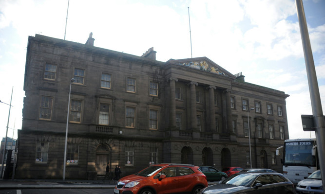 Custom House and Harbour Chambers.