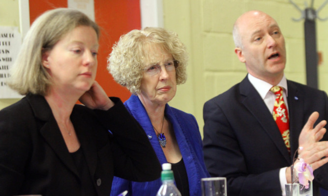 Housing Minister Margaret Burgess (centre) at the briefing with MSPs Shona Robison and Joe Fitzpatrick.