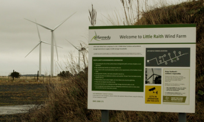 Little Raith Wind Farm.